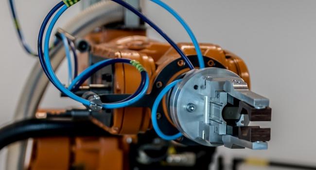 Школьники и студенты выведут на ринг КГУ роботов