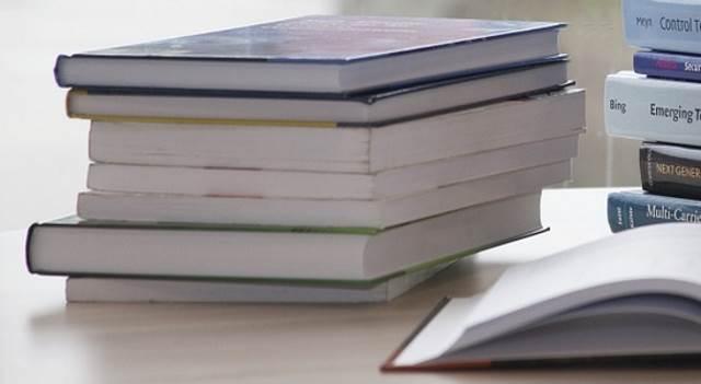 Зауральцы могут подарить детям книги