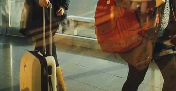Британки нашли способ не платить за перевес в аэропорту