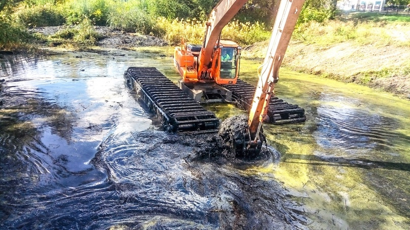 Расчистку старицы реки Битёвка начали в ЦПКиО