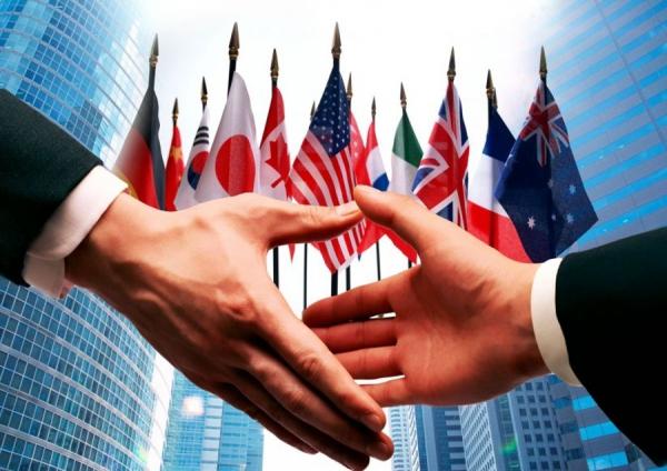 international business environment italy